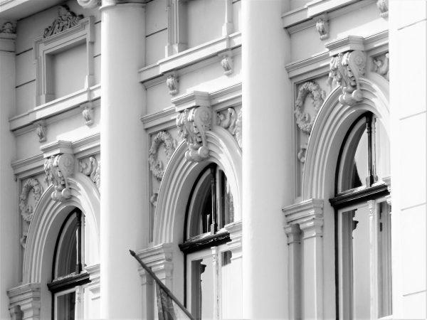műemlé jellegű ablakok felújítása